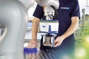 Das Ziel der baden-württembergischen Automationsspezialisten ist es, Roboterherstel-lern und Integratoren unabhängig geprüfte Co-act-Greifer zur Verfügung zu stellen, mit denen sich kollaborative Szenarien schnell realisieren und zertifizieren lassen.